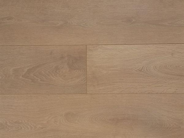 laminat_8634_light_brushed_oak.jpg